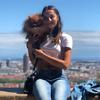 Sophia: Dog sitter