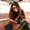 Alba: Cuidadora de animales domésticos en sevilla