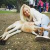 Anna: Active and sportive dog walker in Kingston
