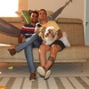 Bruno E Jorge: Una familia que adora a los mascotas.