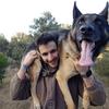 Julian: Cuidador / paseador de perros