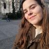 Judit: Me ofrezco para pasear perros por Barcelona ciudad :)