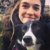 Lucía: Adiestradora y educadora canina, técnico veterinario, dogsitter profesional.