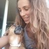 Alma: Paseo a tu perro en la Zubia o alrededores y puedo cuidar de él durante unas horas si es necesario
