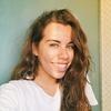 Laura: Bachillerato , primer año de carrera