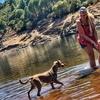 Julie: Adiestradora y cuidadora de perros