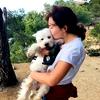 Marta: Disponible para pasear perros por la zona