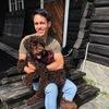 Hans: Full time dog sitter/owner