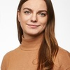 Alina: Liebevolle Vierbeinerbetreuung in Bochum