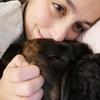 Gloria : Paseadora de perros a las afueras de santiago