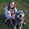 Anna: Hundeliebende Studentin bietet liebevolle Betreuung