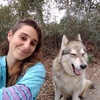 Julia: Paseadora de perros que necesiten correr, oler, jugar y relacionarse