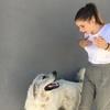 Laure: Laure, prête a prendre soin de vos animaux !