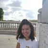 Jeanne: Jeune étudiante souriante
