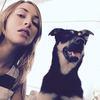 Maïlys: CHénergique et CHfiable! Passionnée par les chiens