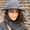 Louise: Dogsitteuse disponible qui connait Lille et ses parcs comme sa poche !