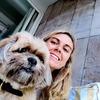 Lucía: Amante de los animales. ¡Paseando perros cuando tú no puedes!
