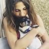 Flavia: Dog sitter in London