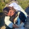 Ana : Estudiante de veterinaria que adora cuidar mascotas🥰❤️
