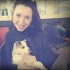 Virginia: Cuido a tu pequeñín, chica amante de los animales